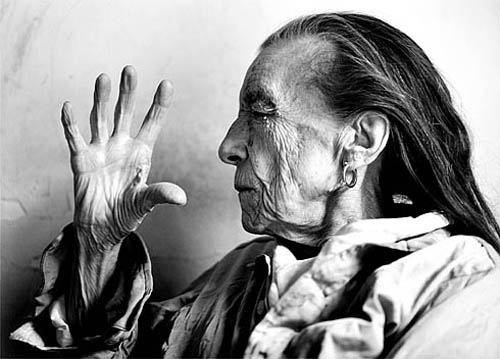 bourgeois portrait Tribute to LOUISE BOURGEOIS visual art blog