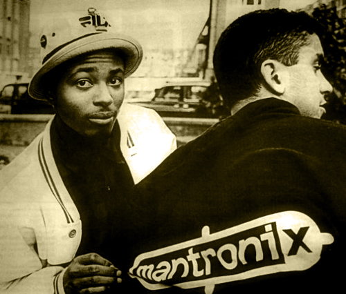 MANTRONIX classic Oldschool Electrorap MANTRONIX : « Bassline » Video Clip electro funk electro rap blog