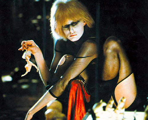 BLADE RUNNER - PRIS - NEXUS 6 N6FAB21416 - Basic pleasure model - Darryl Hannah- 1982