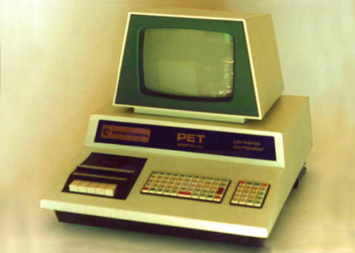 COMMODORE - PET - Personal Electronic Transactor - computer - 1997